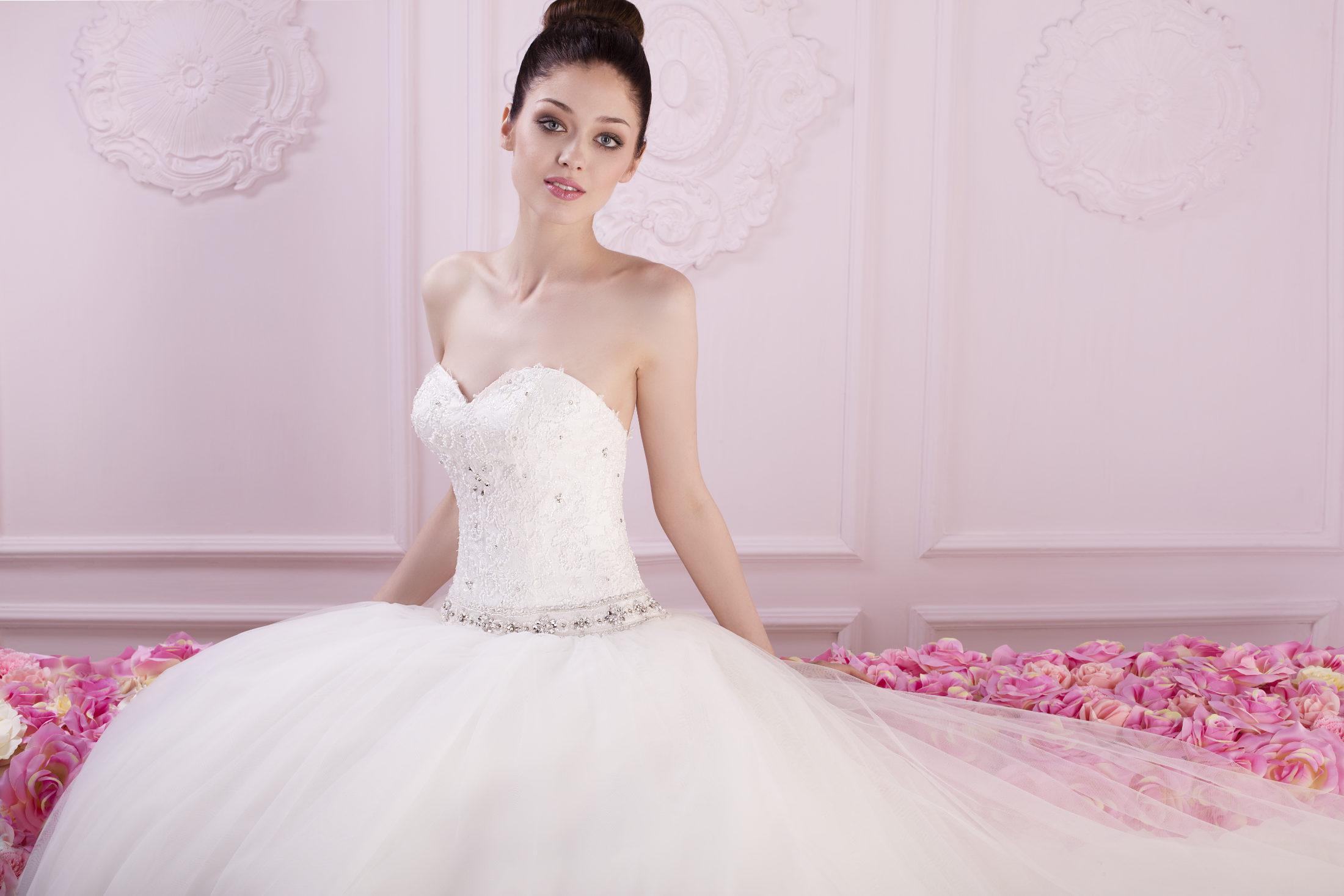 Brautmoden Alegria | Brautmode zu Outlet Preisen
